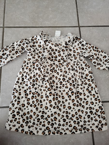 Baby items/ women's clothes