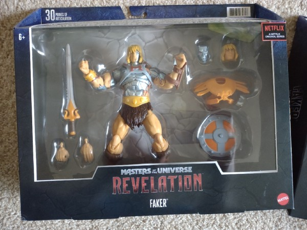 Yard sale with lots of toys and collectables